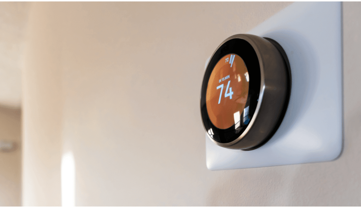high tech new thermostat smart home