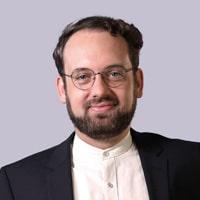 Dr. med. Johannes von Büren Medical Director Wellster Healthtech