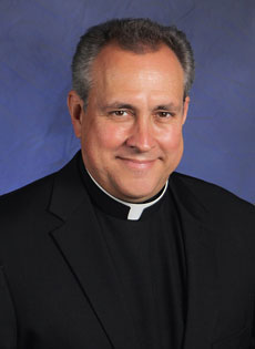 Rev. José Alvarez headshot