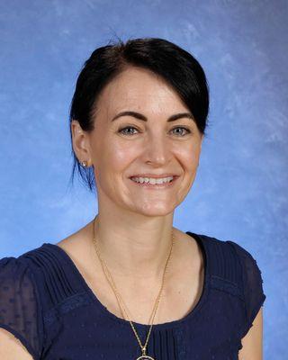 Mrs. Arianne Everett