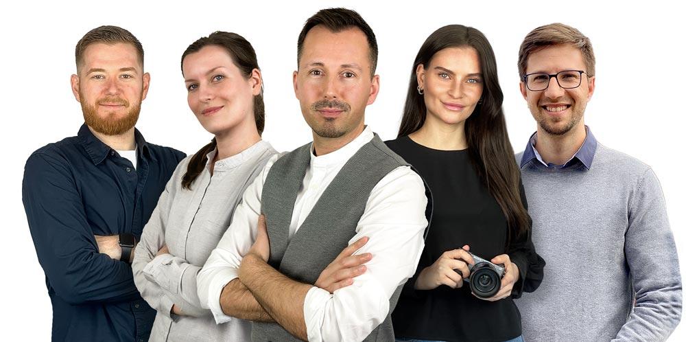 Unser Team mit Nick Grafikdesigner, Änne Vertrieb und Leitung Hochschulwerbung, Stefko Inhaber, Henriette Social Media und Patrick Webdesign