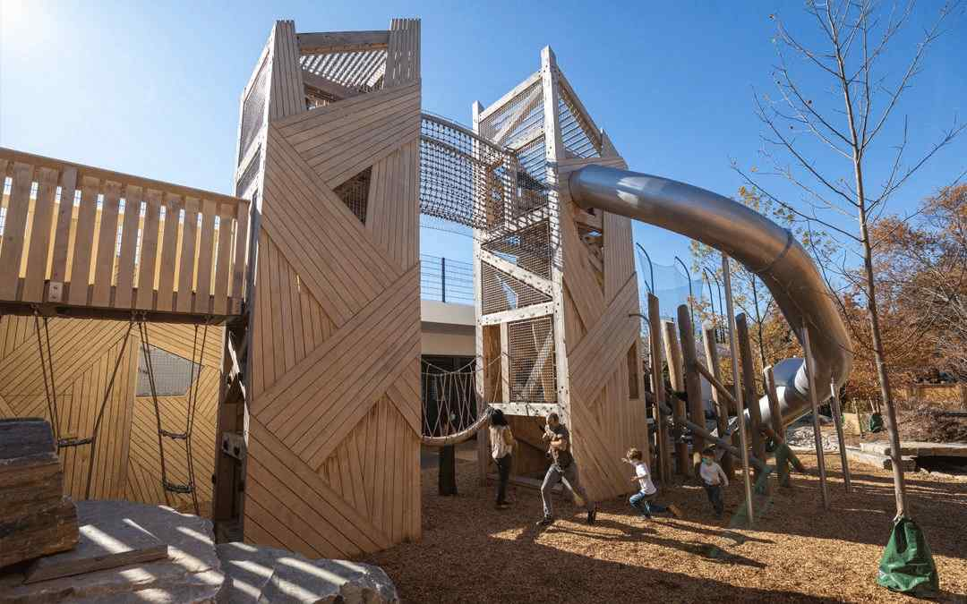 wooden play system double tower with slide