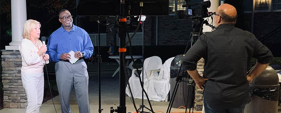 WRAL news anchor Ken Smith hosting a live webcast.