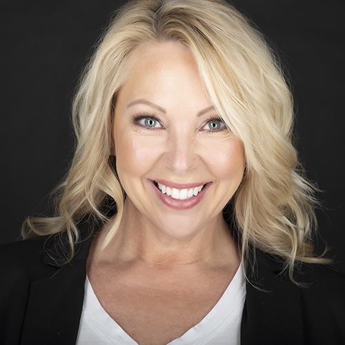 Headshot of Traci Schwomeyer