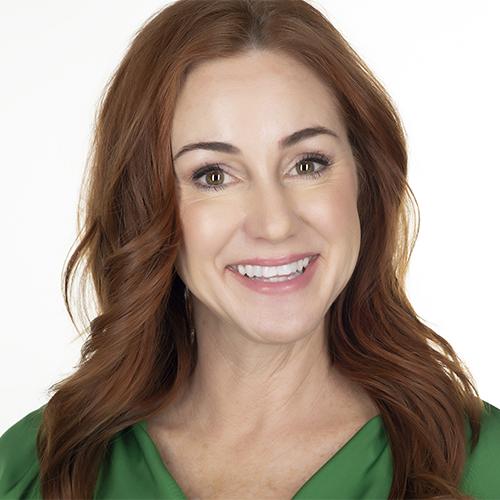 Headshot of Alicia
