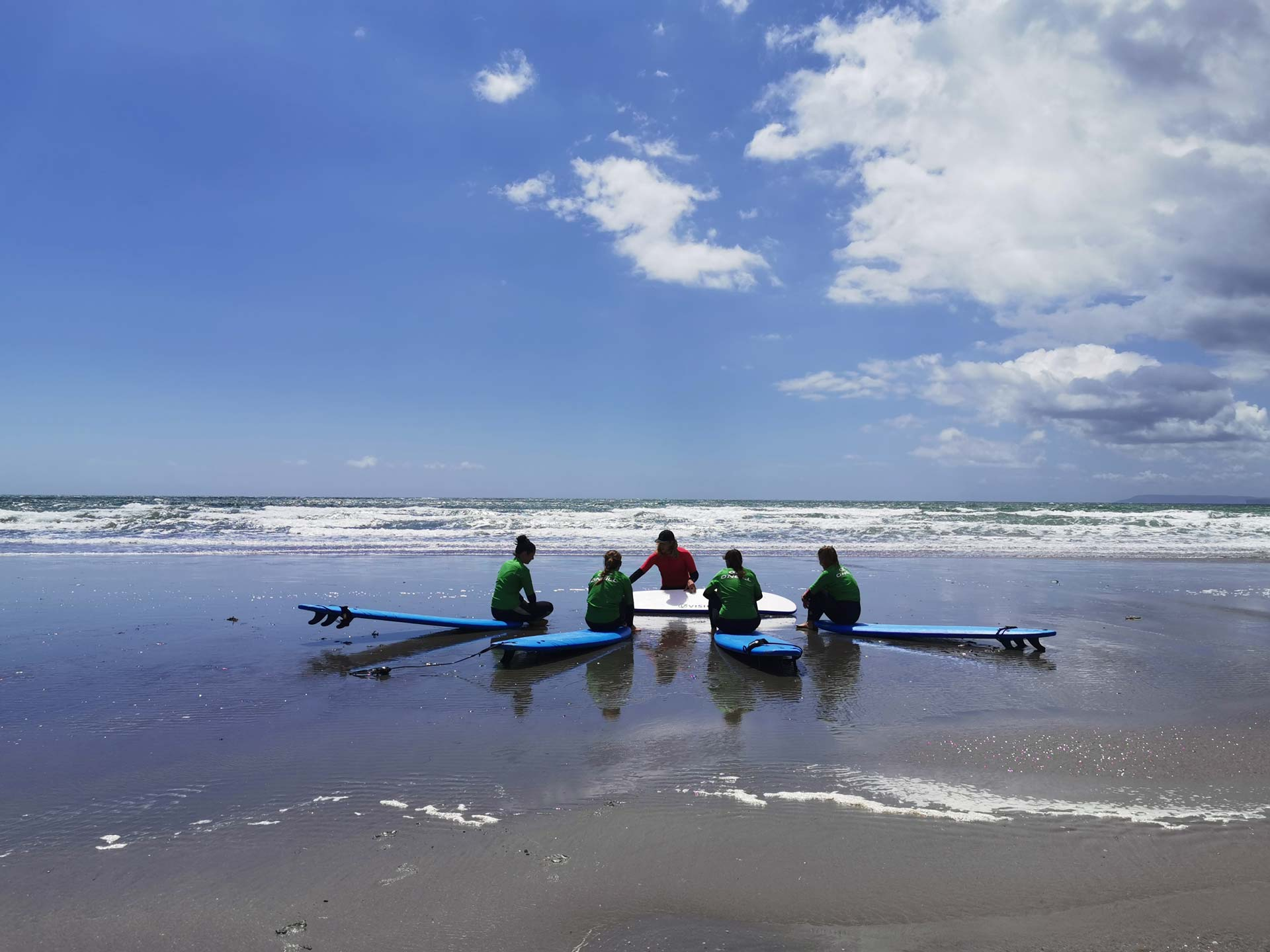 group surf tuition