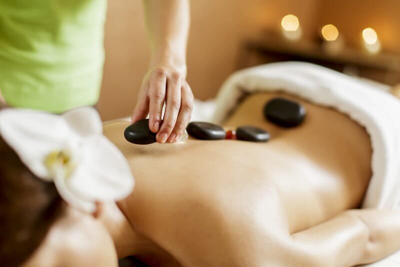 Rajawatu masáž – kráľovský rituál