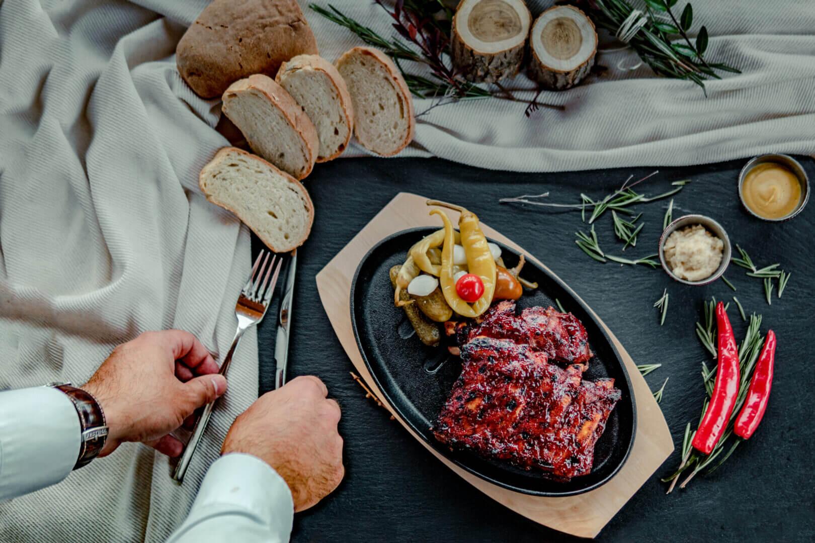 Tradičná koliba Kaskady - jedlo