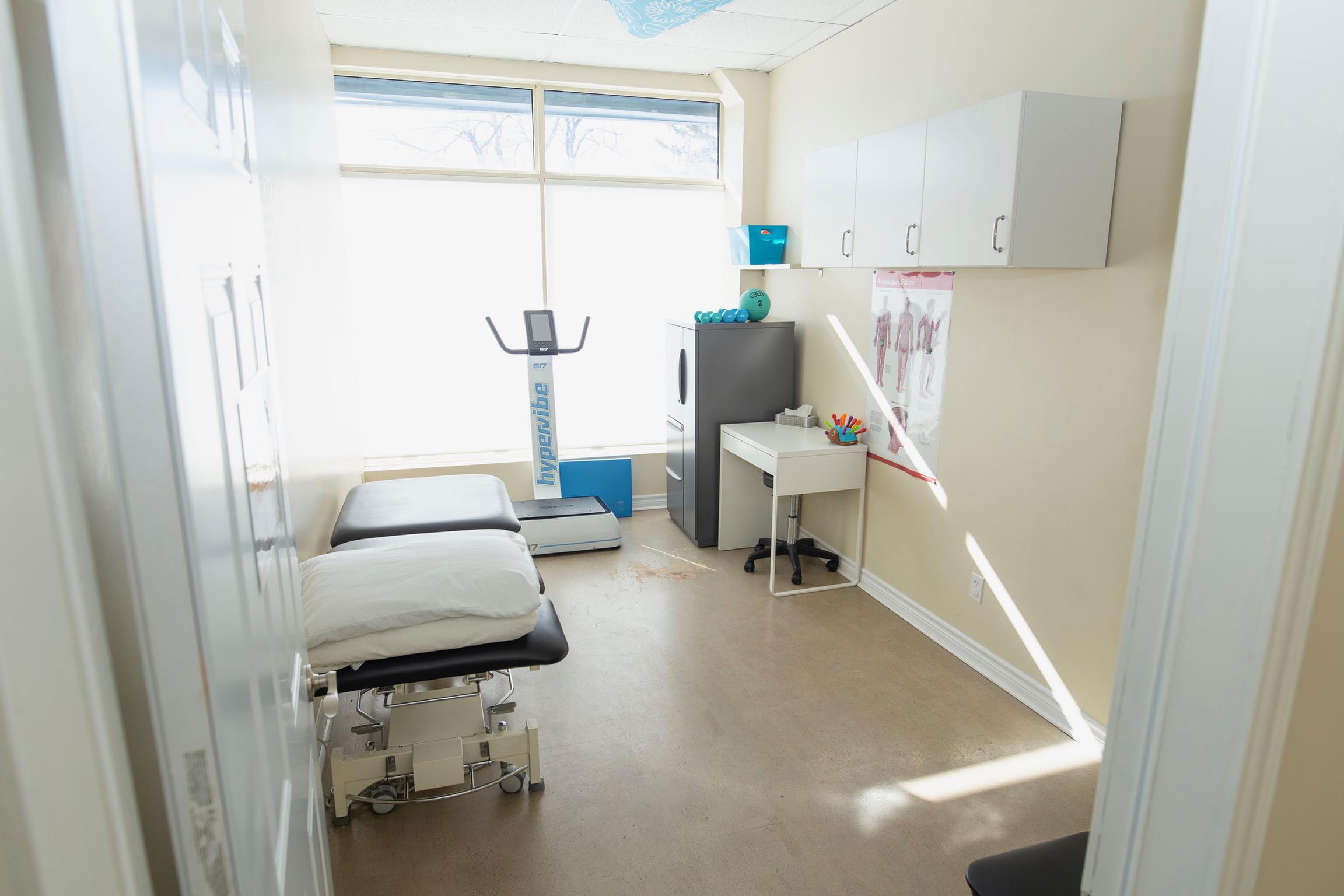 On The Ball Kanata doctor room