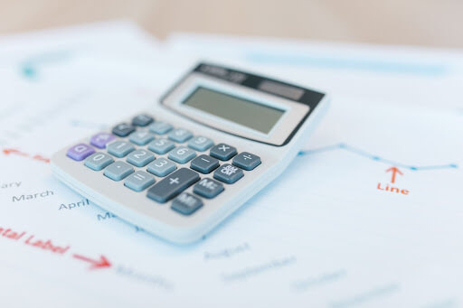 Calculating a leasing agent's close ratio