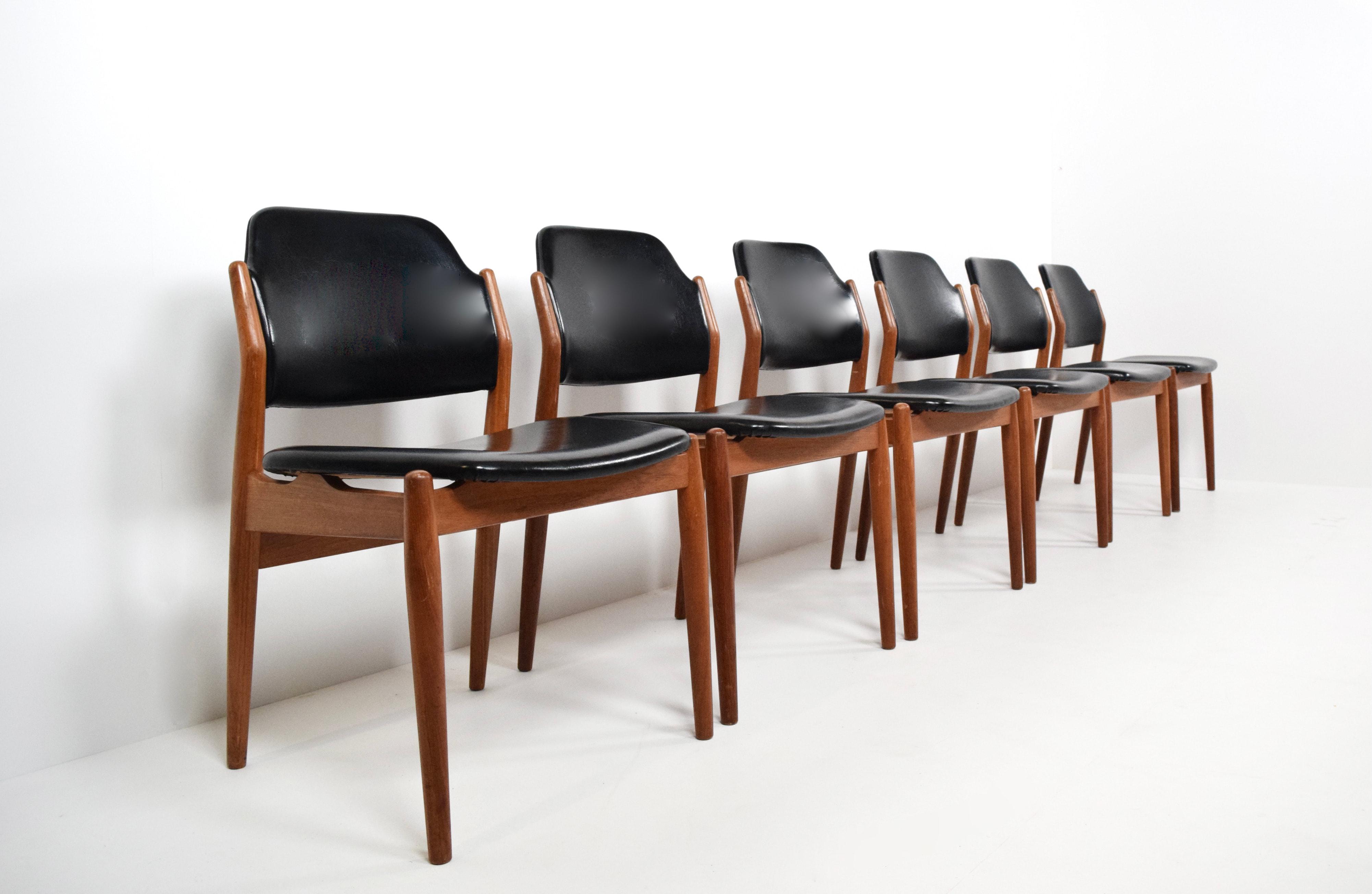 Set of Six Arne Vodder Dining Chairs Model 462 for Sibast, Denmark 1960's
