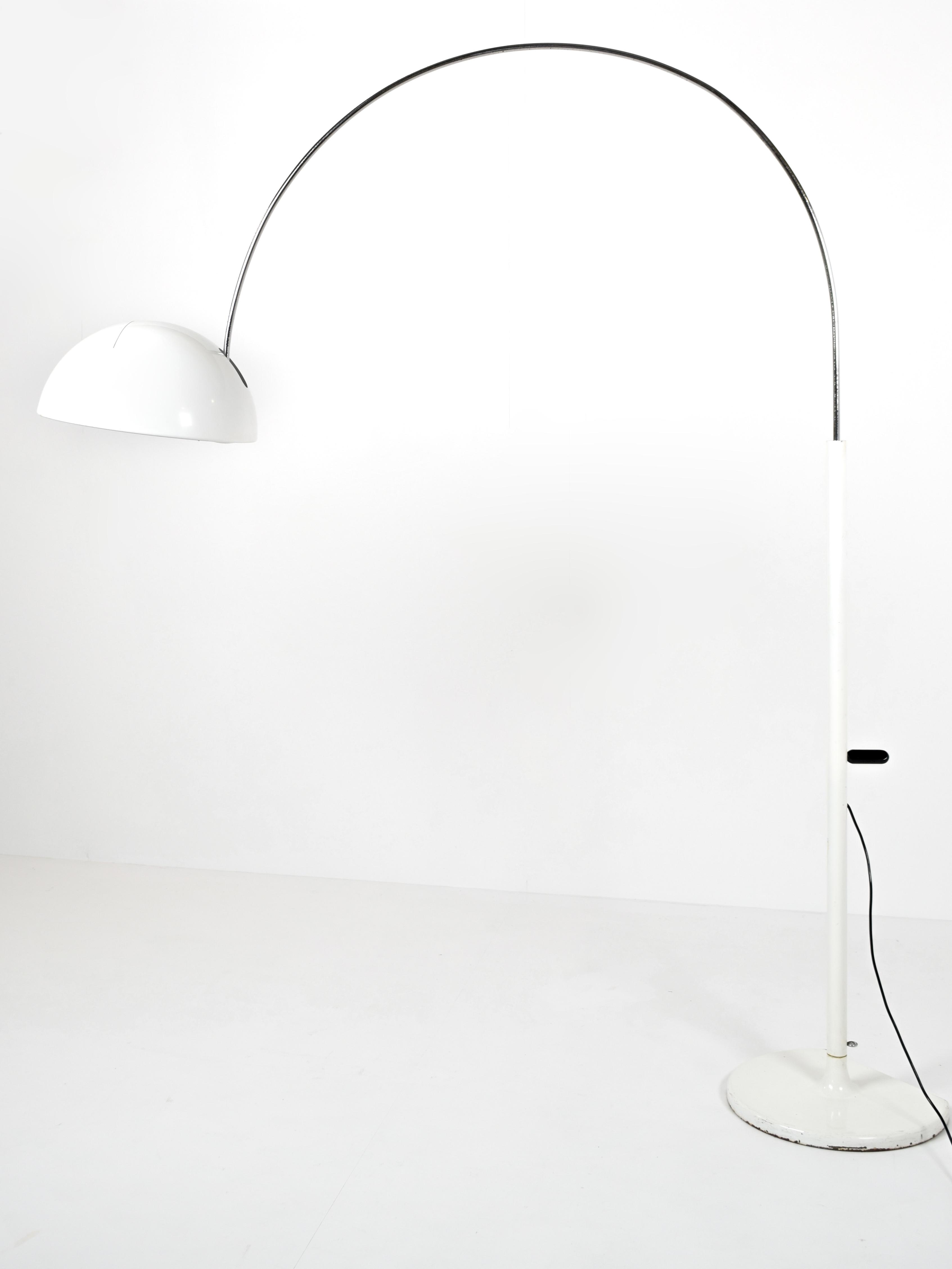Joe Colombo Floor Lamp 'Coupe' for Oluce, Italy 1960s