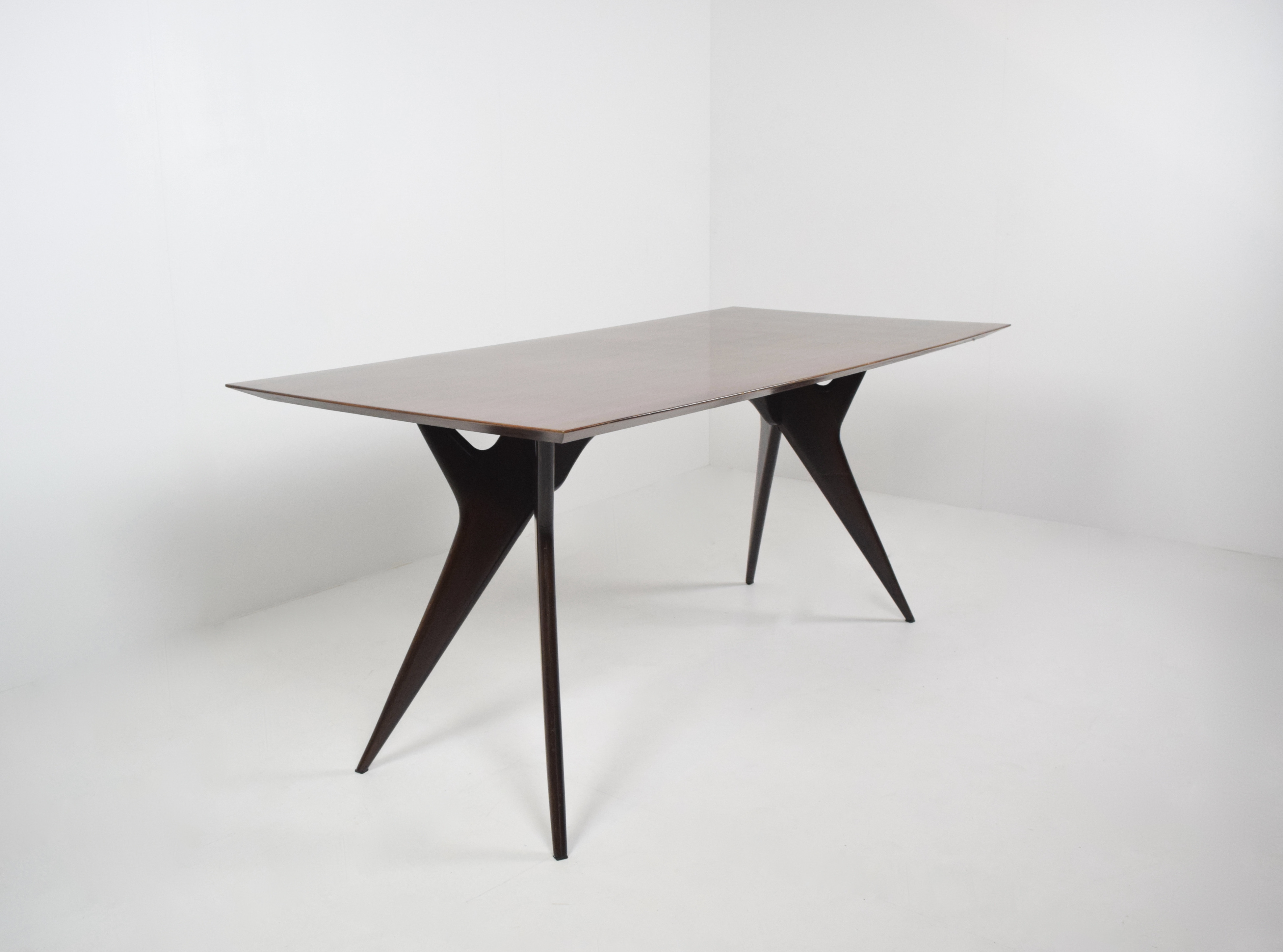 Ico Parisi Table in Rosewood for MIM Roma, Italy 1950's