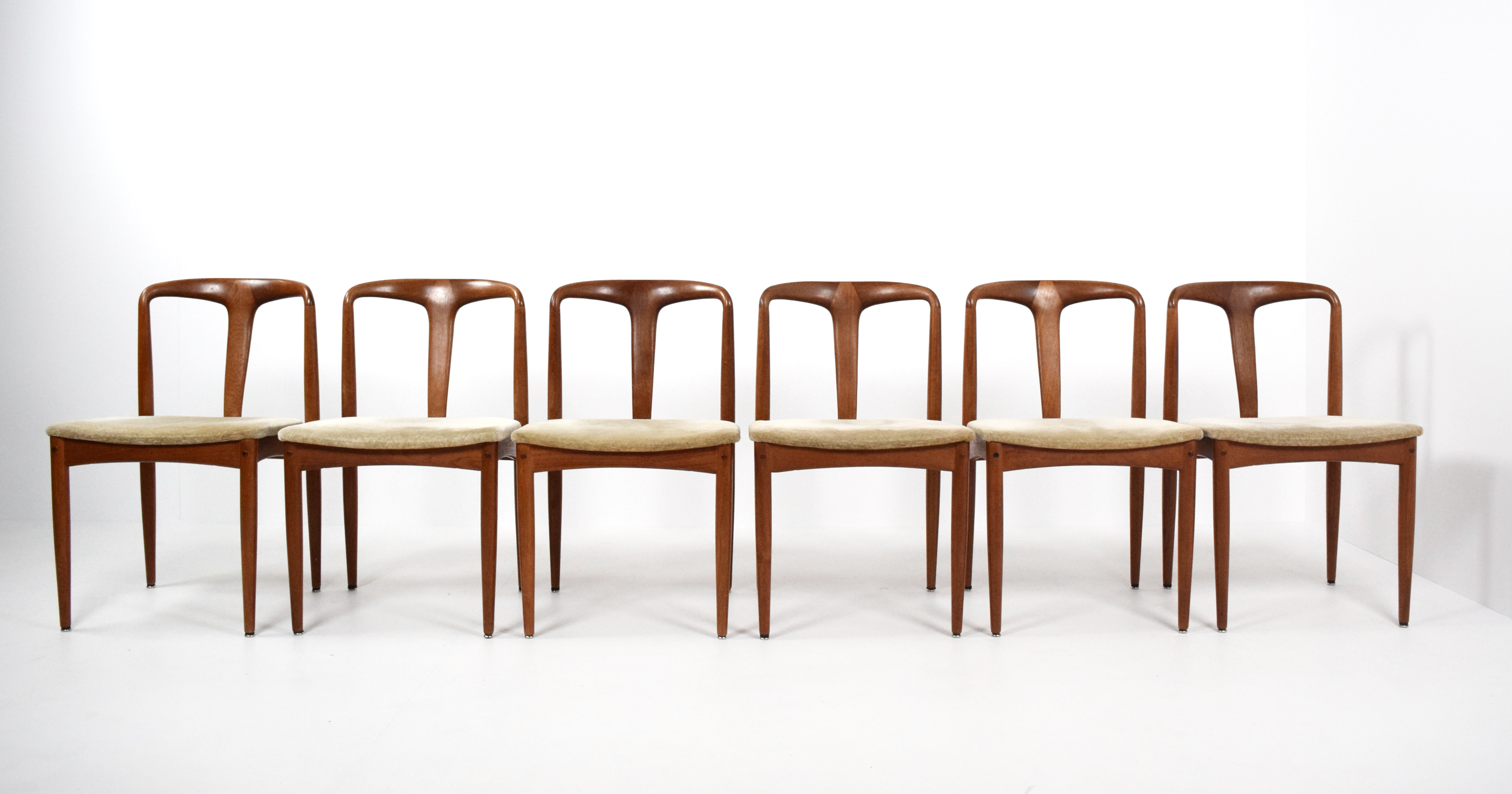 Set of Six Johannes Andersen 'Juliane' Dining Chairs for Uldum Møbelfabrik, Denmark 1960's