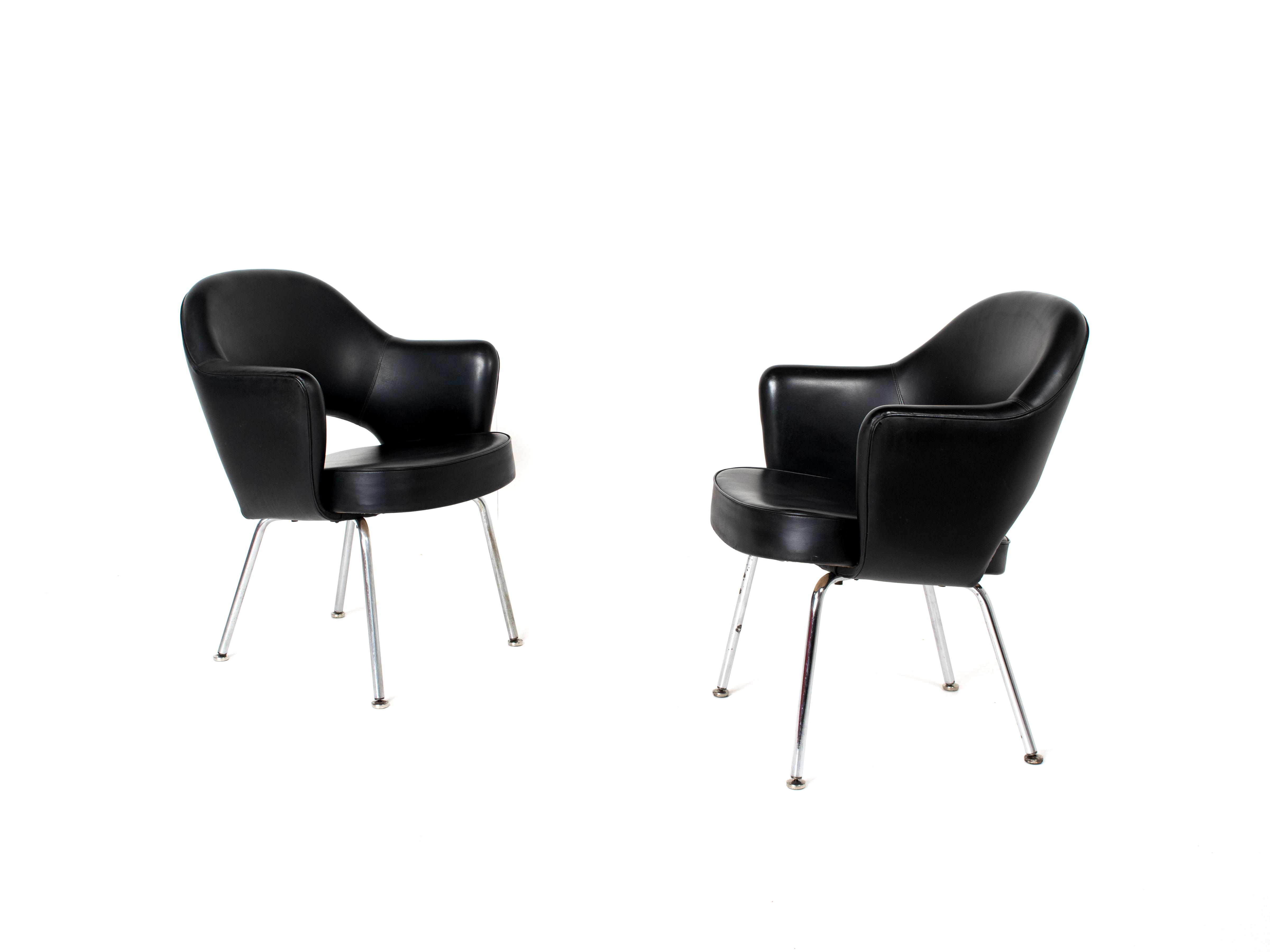Set of Two Eero Saarinen Executive Chairs with Armrests for Knoll De Coene Belgium, 1950s