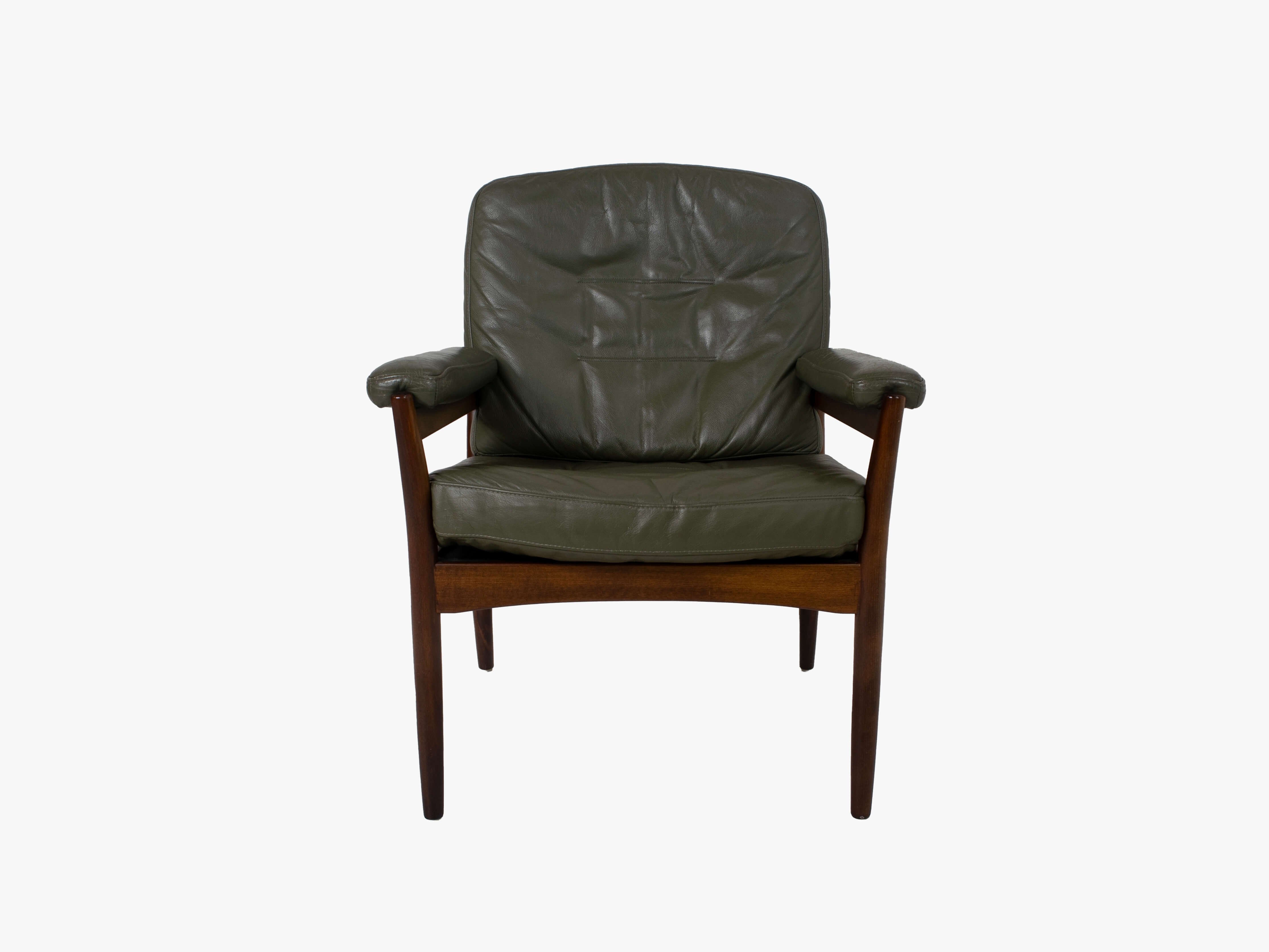 Front view G-Mobel Easy Chair in Green Leather for Göte Möbler, Sweden 1970s