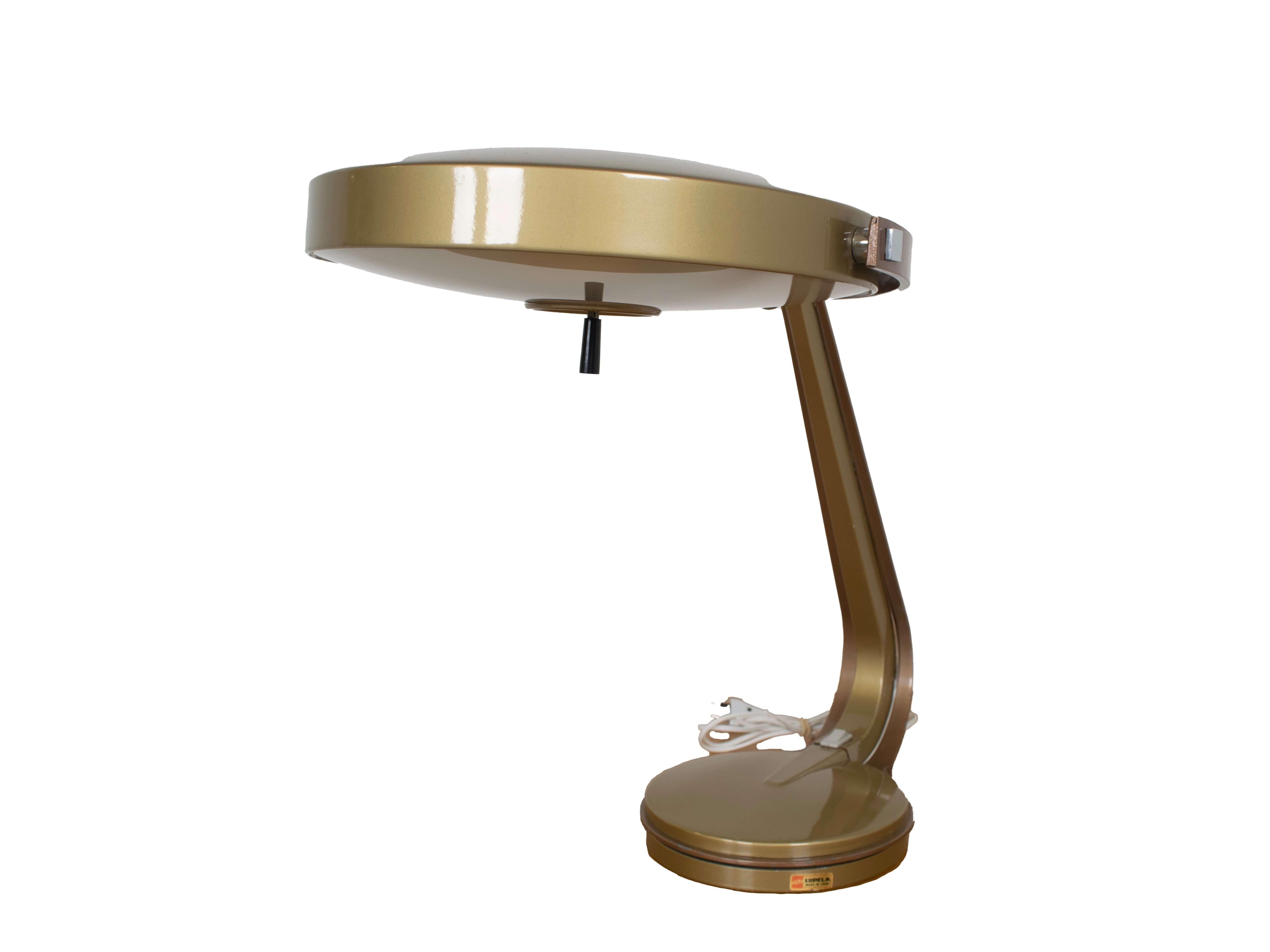Fase Madrid 'Lupela Rey' Table Lamp, Spain 1960s
