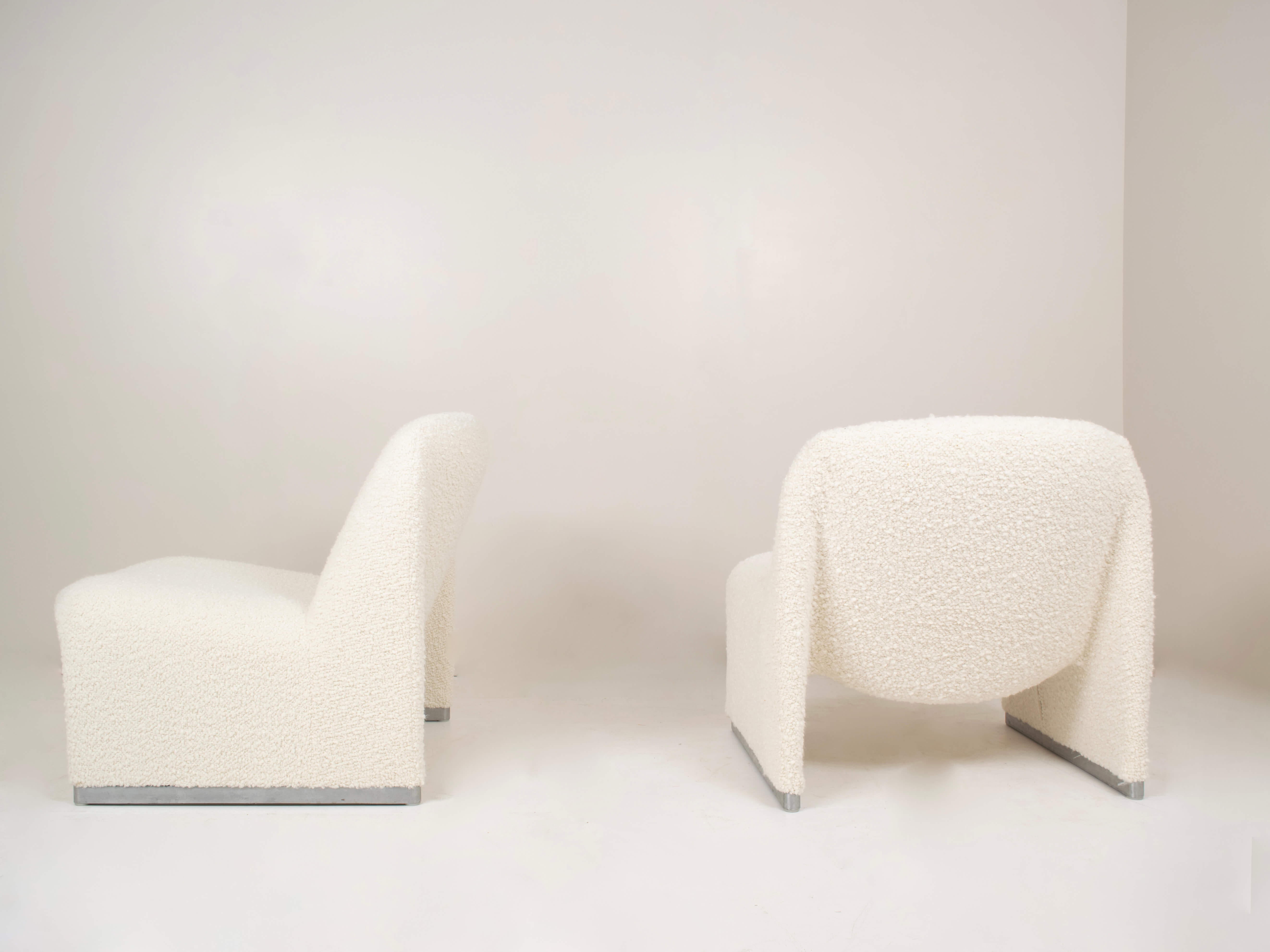 Back view Set of Two Alky Chairs by Giancarlo Piretti for Artifort in Bouclé Fabric