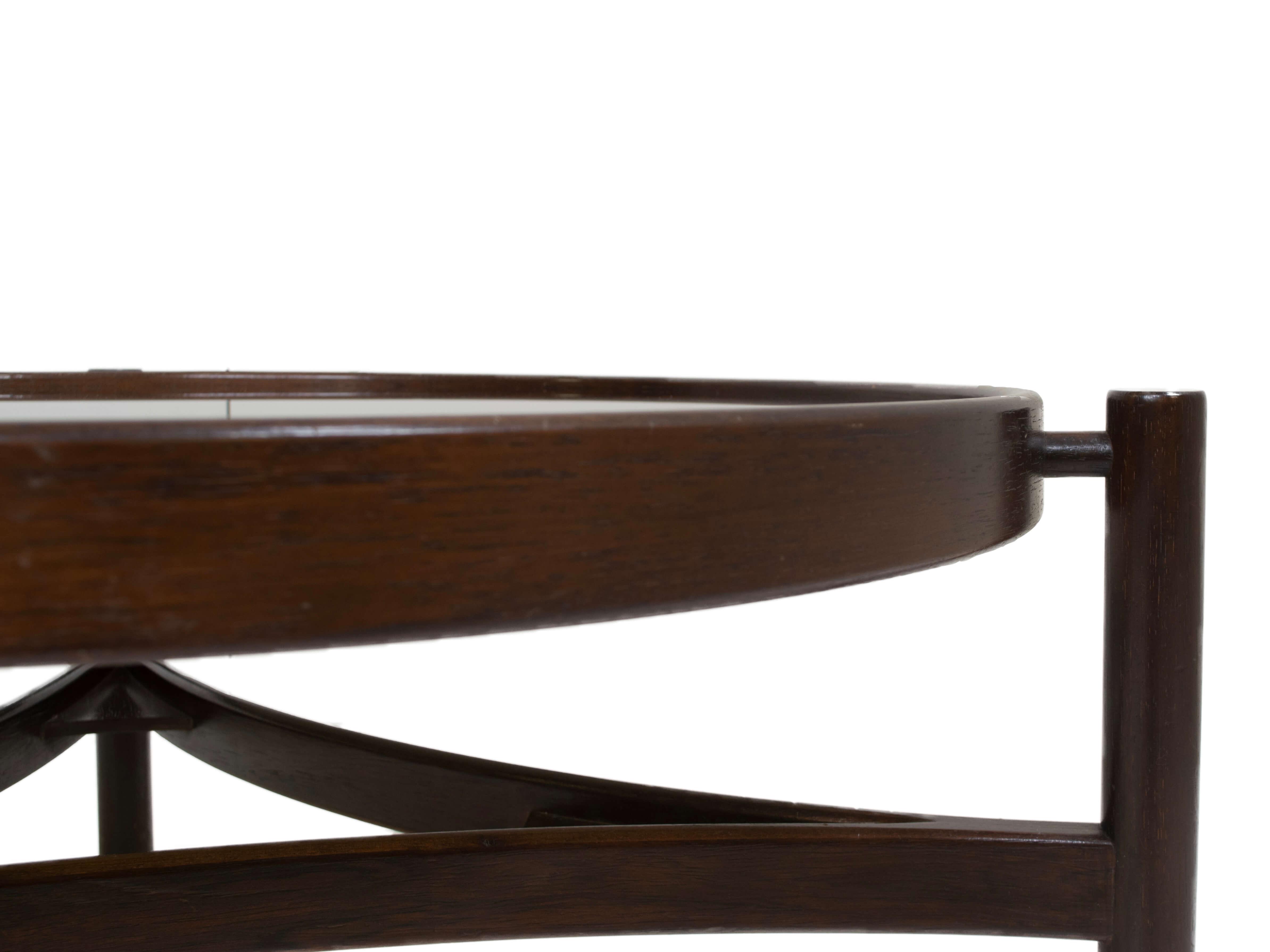 Details Round Italian Modern Coffee Table Model 775 by Gianfranco Frattini