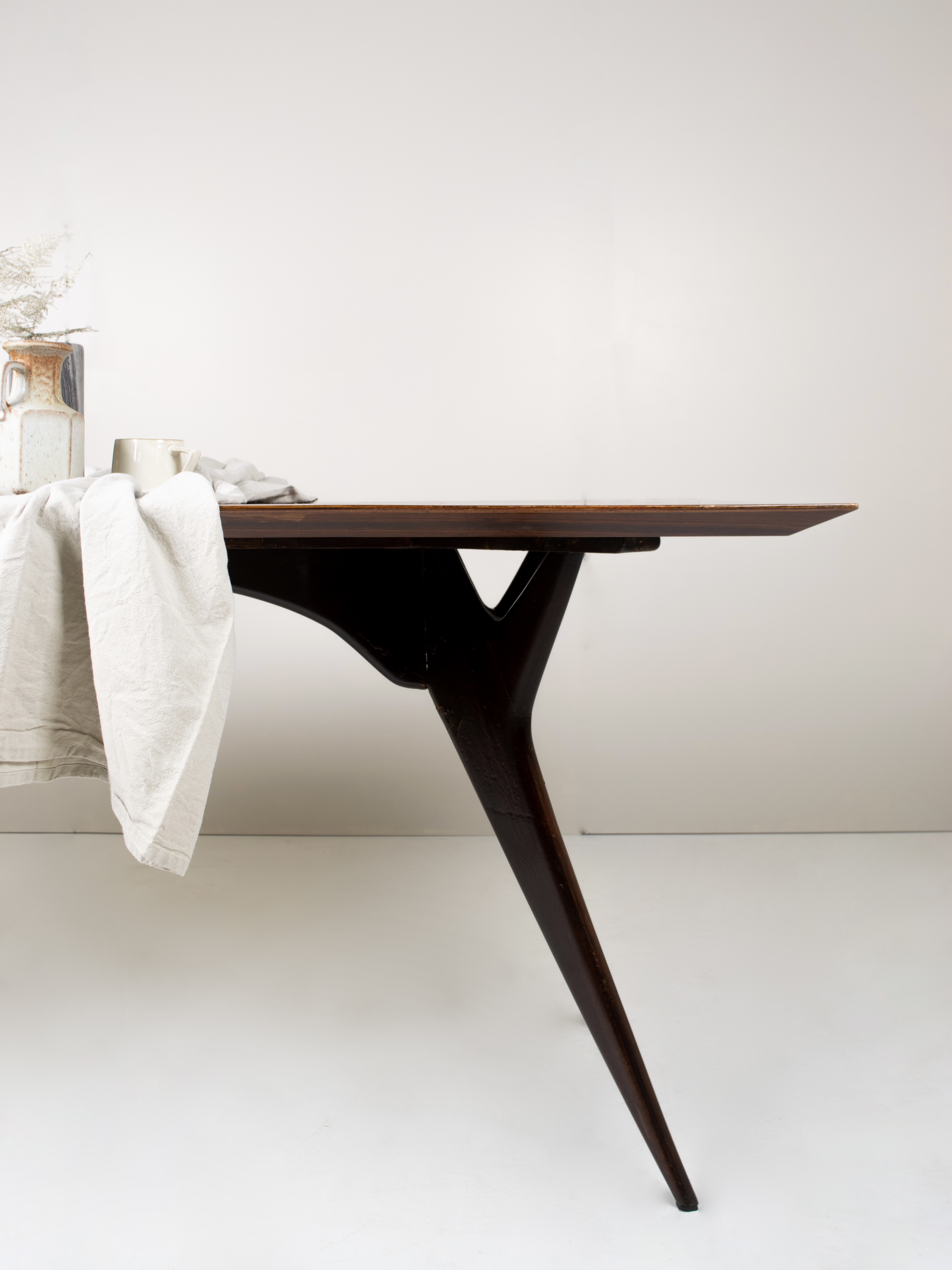 Ico Parisi Dining Table in Rosewood