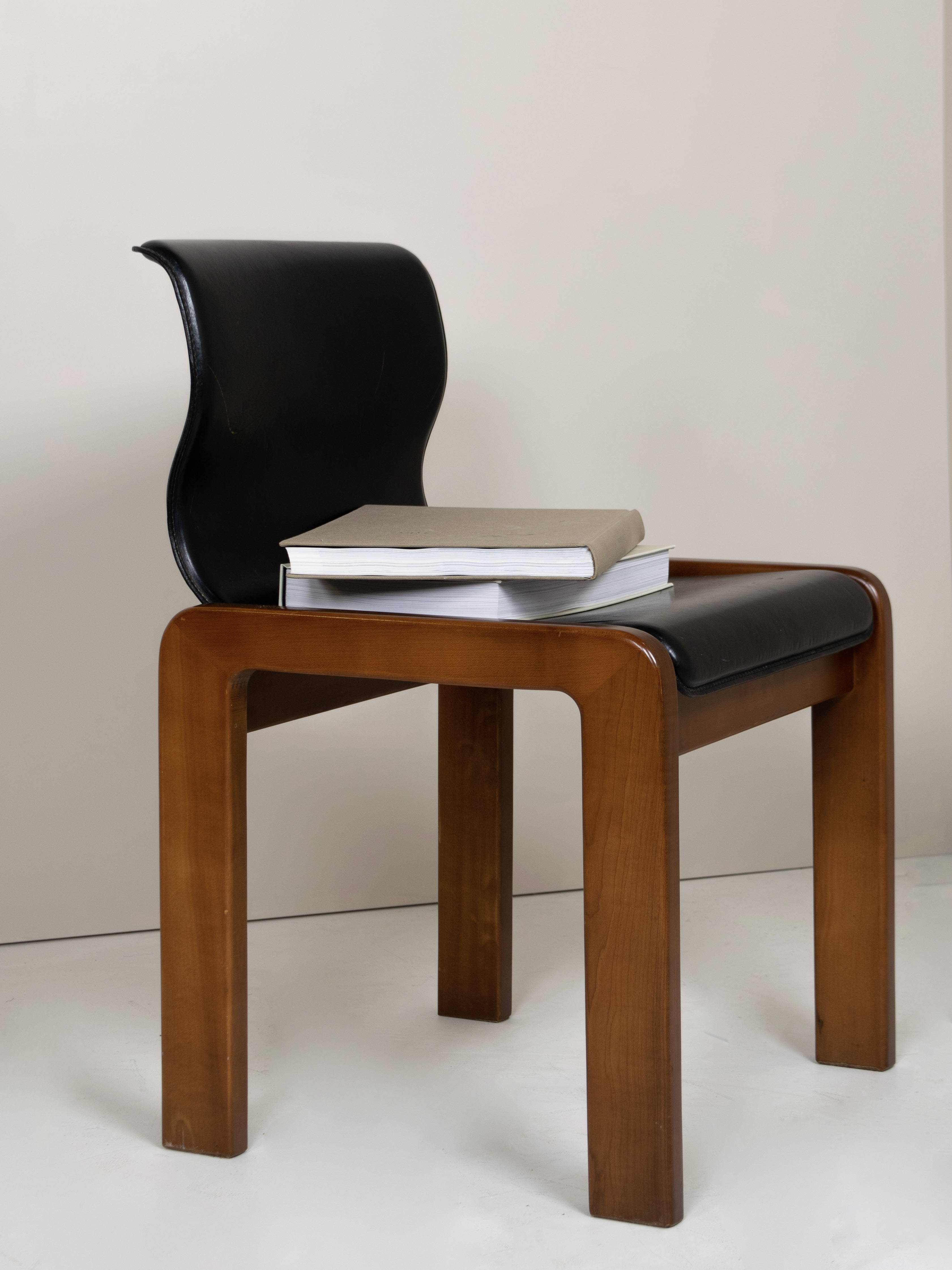 Tobia & Afra Scarpa Dining Chair