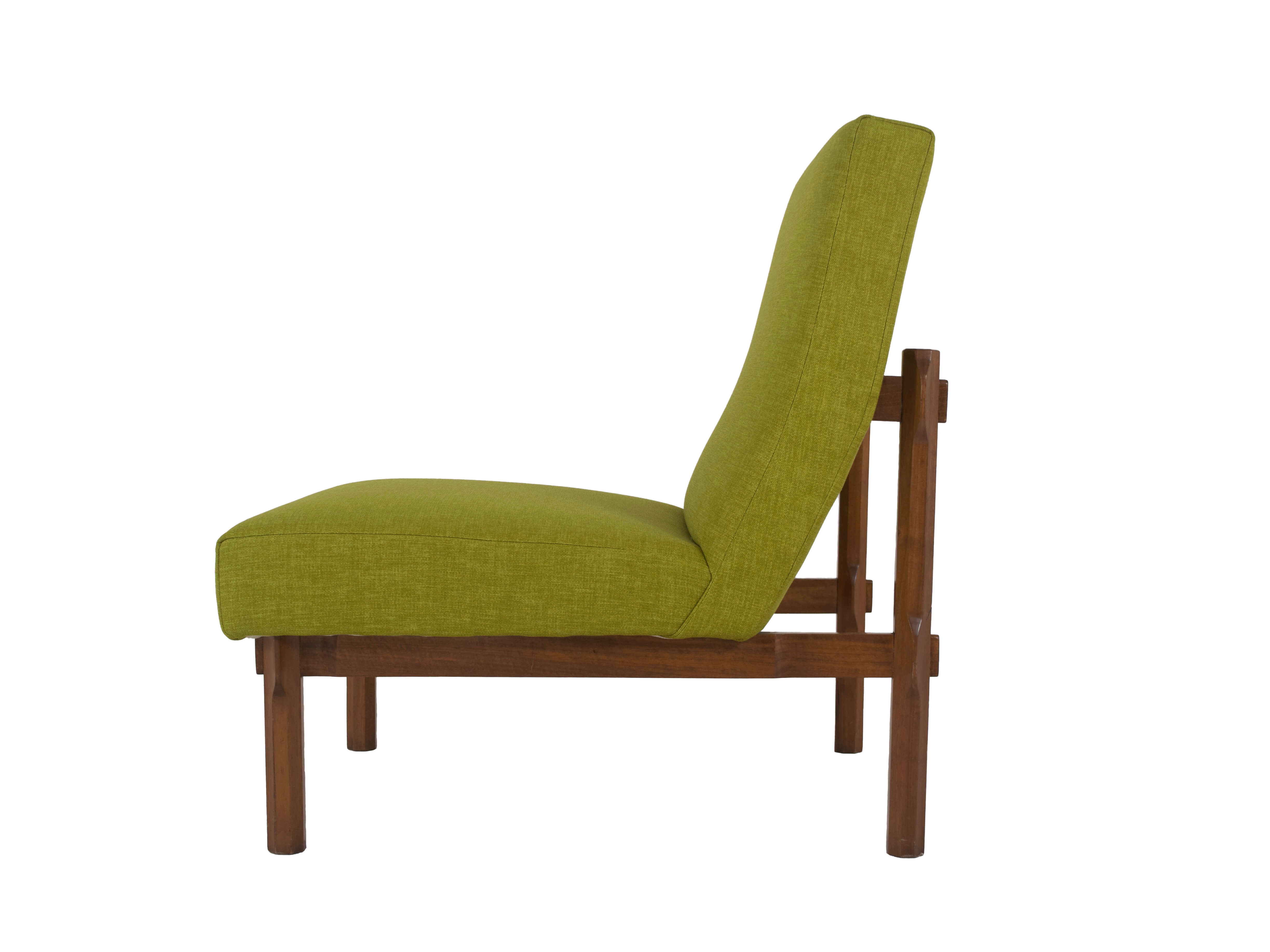 Side view Italian Modern Ico Parisi Chair in Walnut Model 869, Italy 1960s