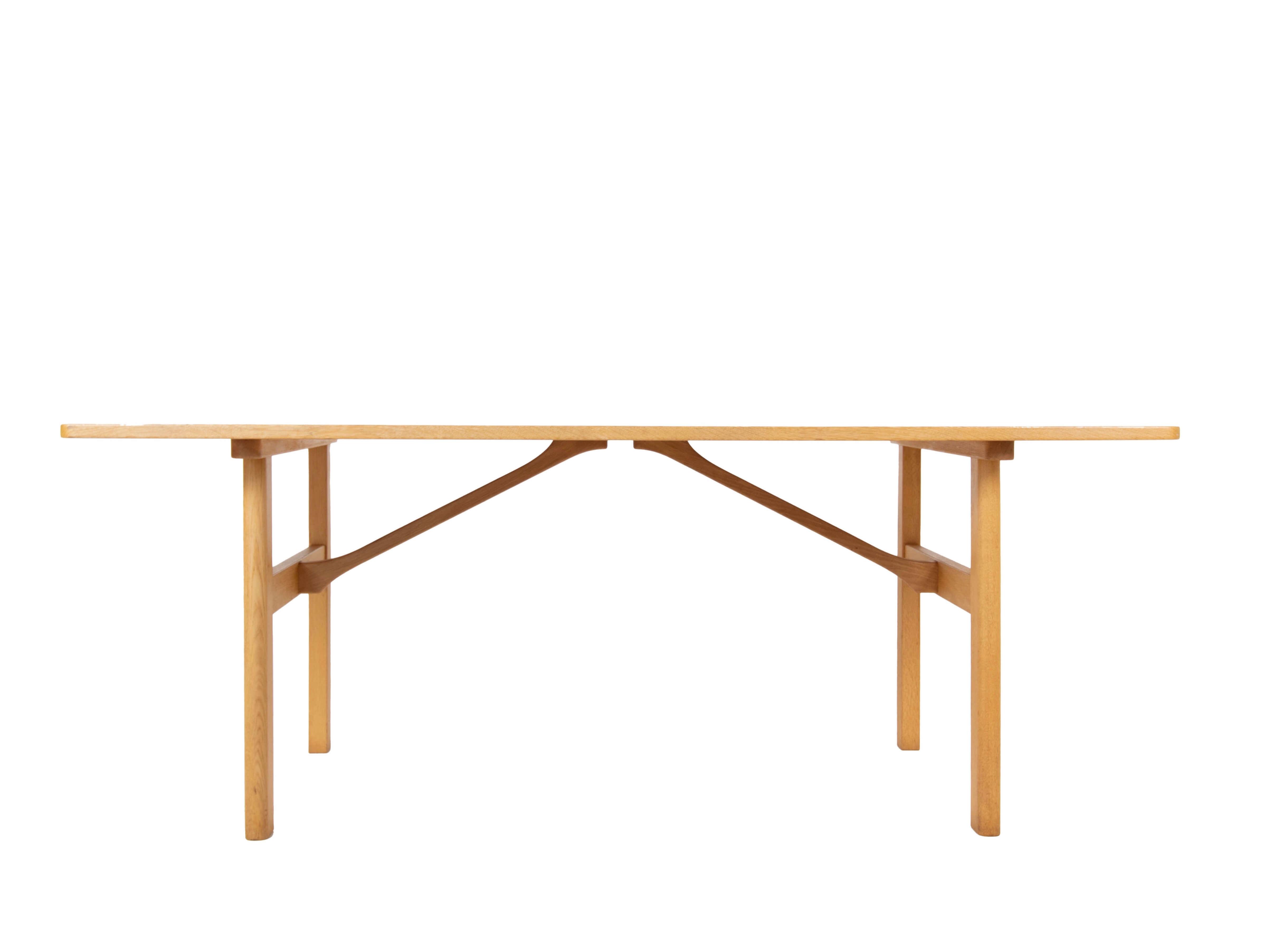 Shaker Dining Table Model 6284 by Børge Mogensen, Denmark 1960s