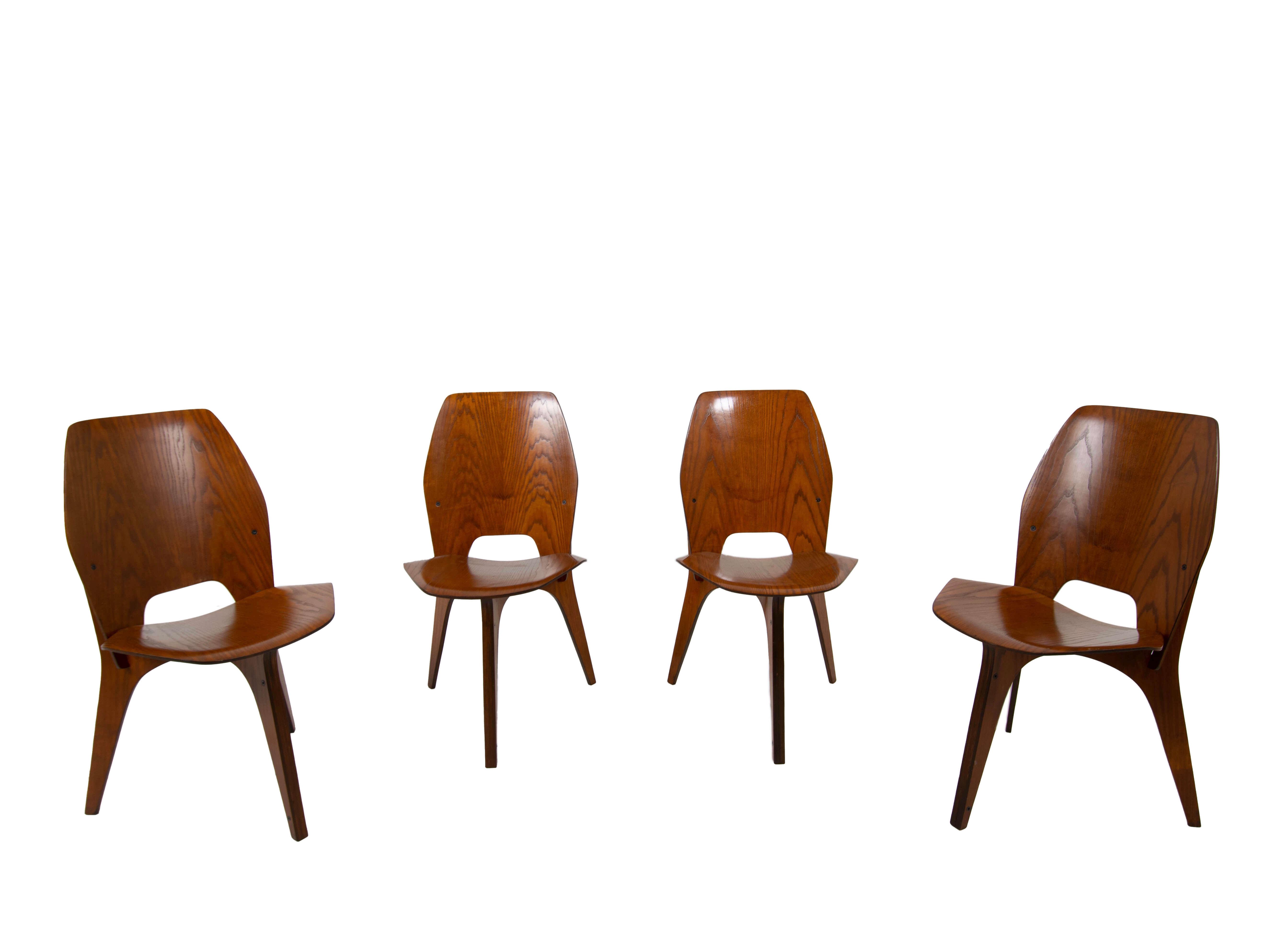 Set of Four Eugenio Gerli and Osvaldo Borsani Chairs for Tecno, Italy 1950s
