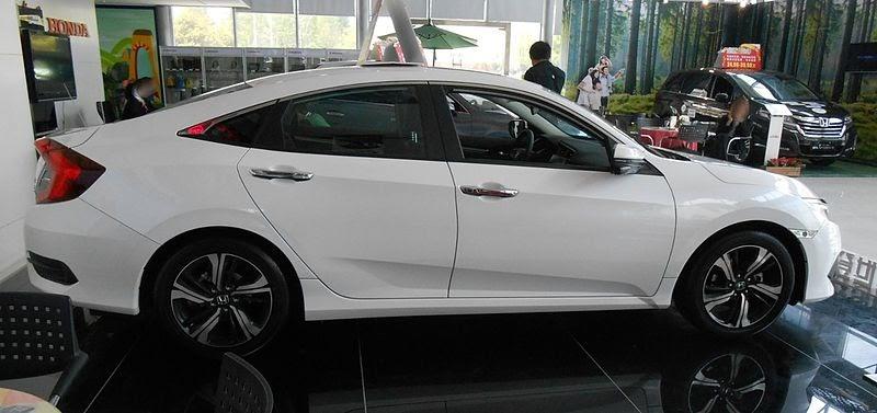 File:Honda Civic X sedan 03 China 2016-04-18.jpg
