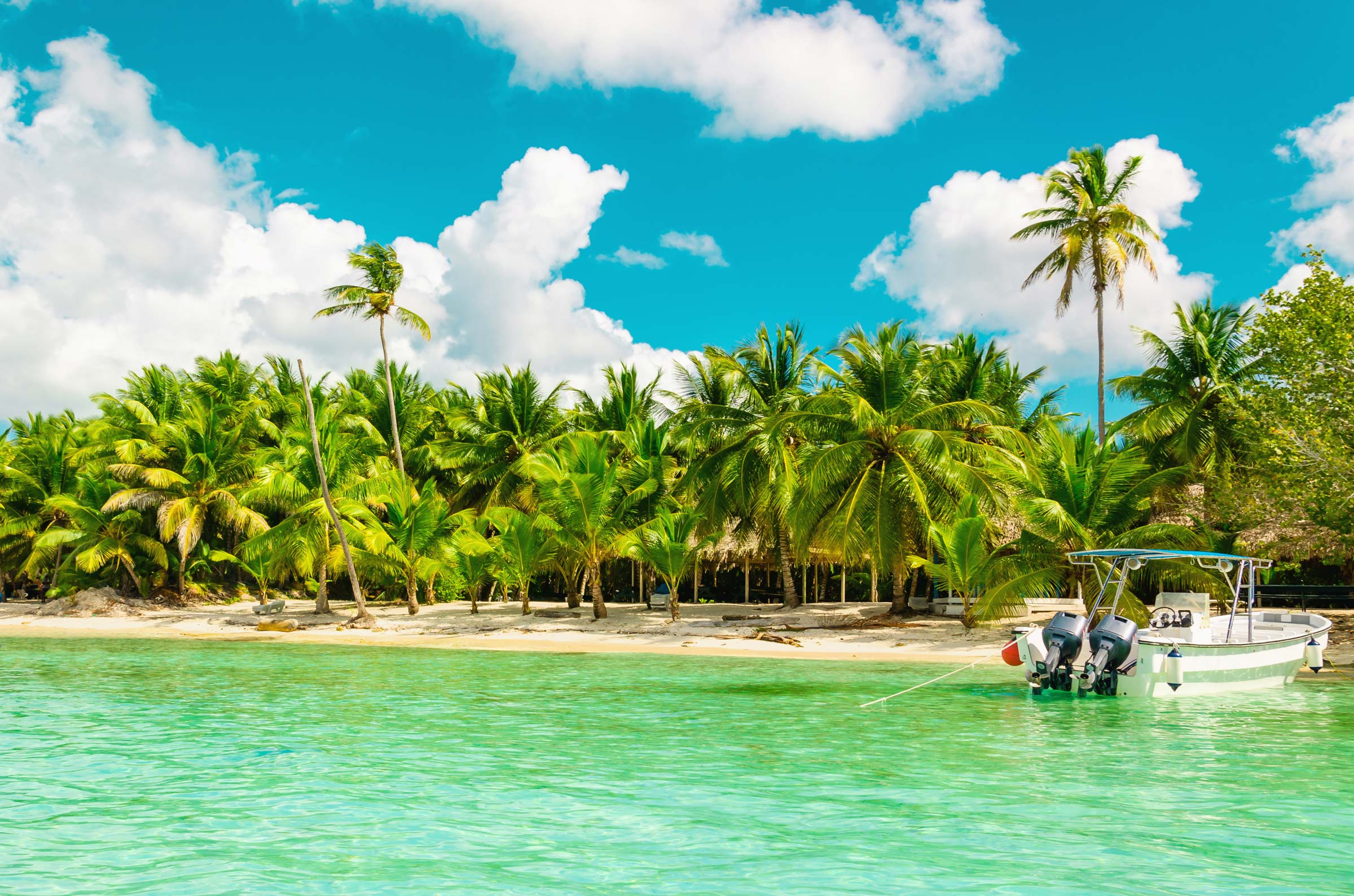 Antigua & Barbuda beach