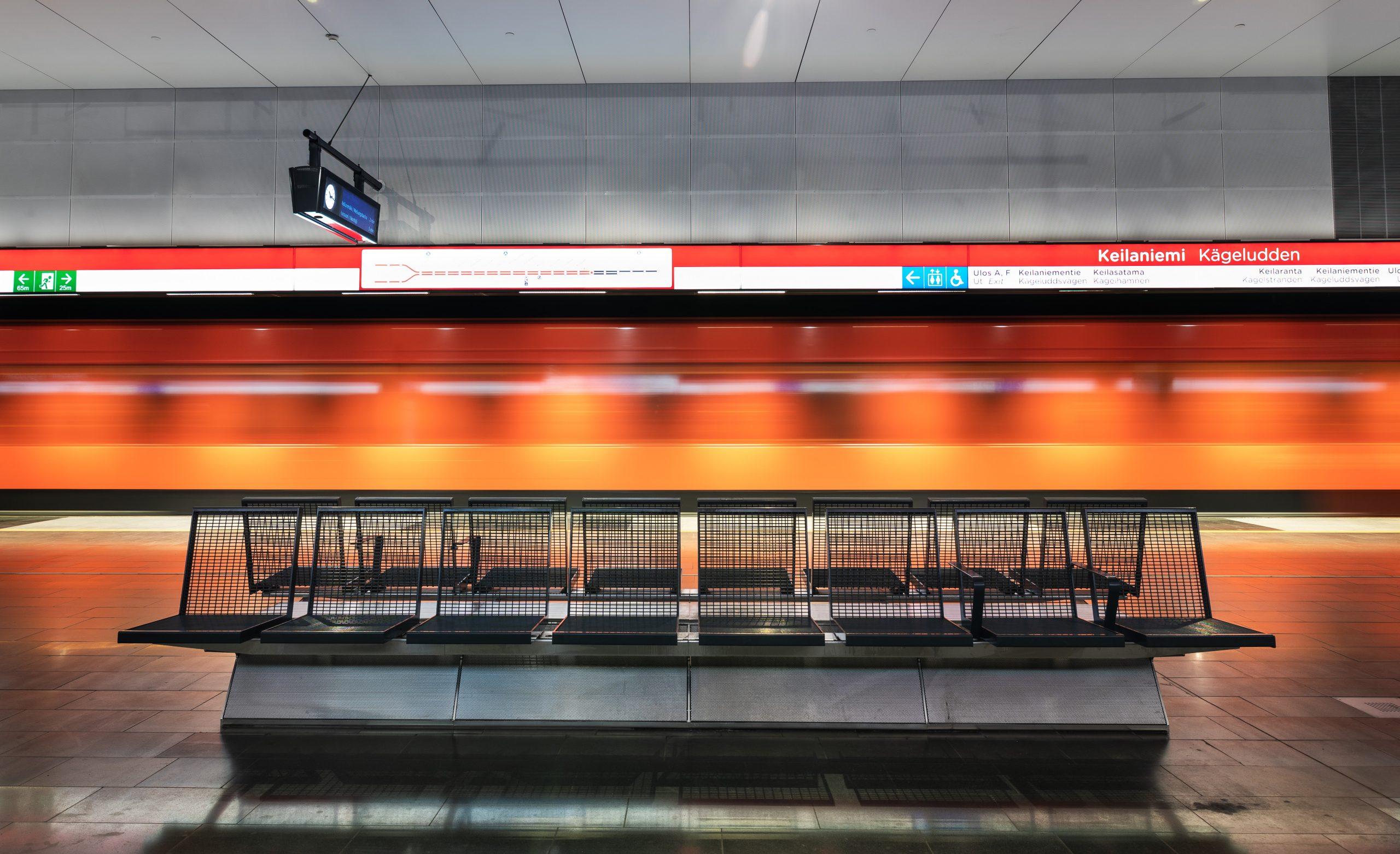 Aseman penkit ja ohimenevä metro