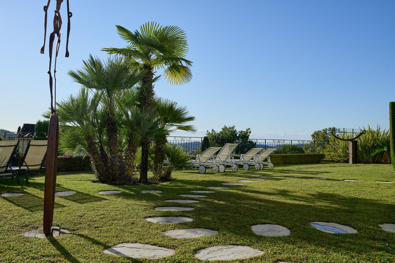 jardin hotel la grande bastide