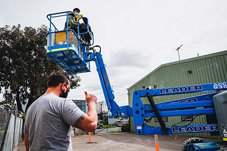 boom lift training on blue knuckle boom