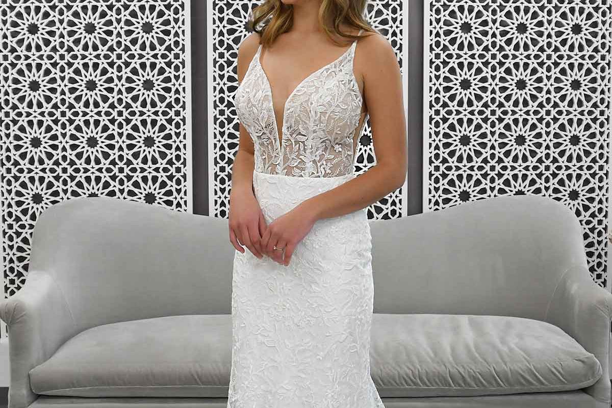 Model i kjole fra Stella York