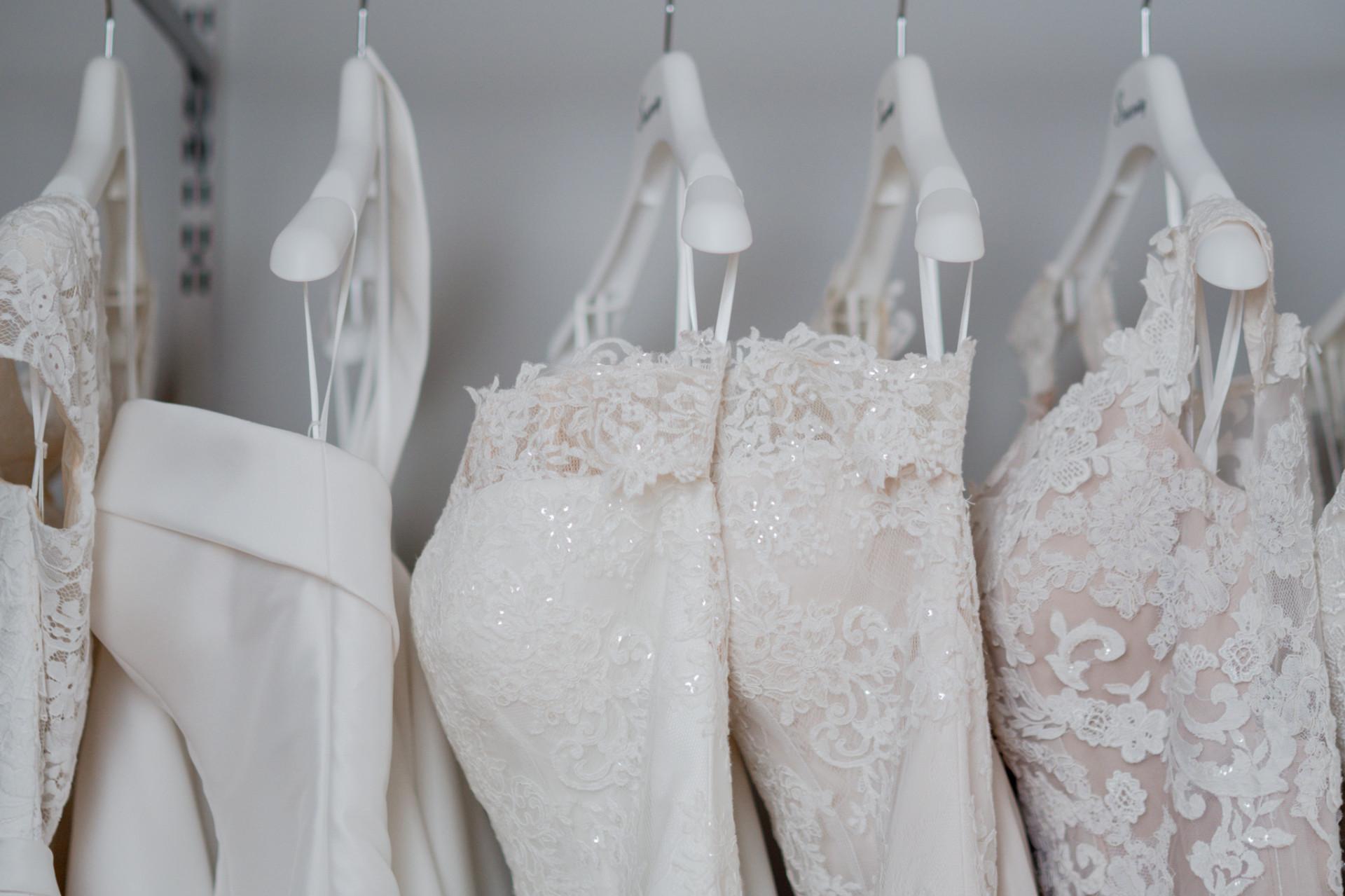 Brudekjoler på hengere