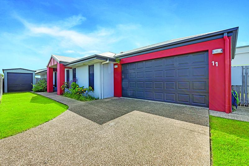 Stylish, Modern Home on Low-Maintenance Block