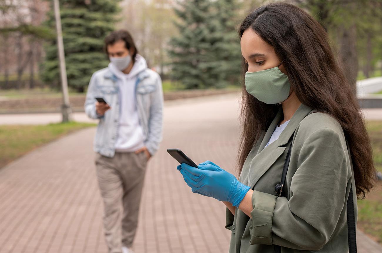 Comment les établissements de santé devraient utiliser les réseaux sociaux pendant la COVID-19
