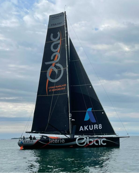 the boat Akur8 named Ebac, an IMOCA, sailing the see