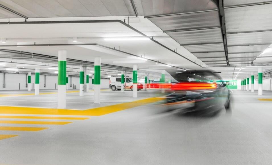 Bild des Bahnhofparkings in Stans