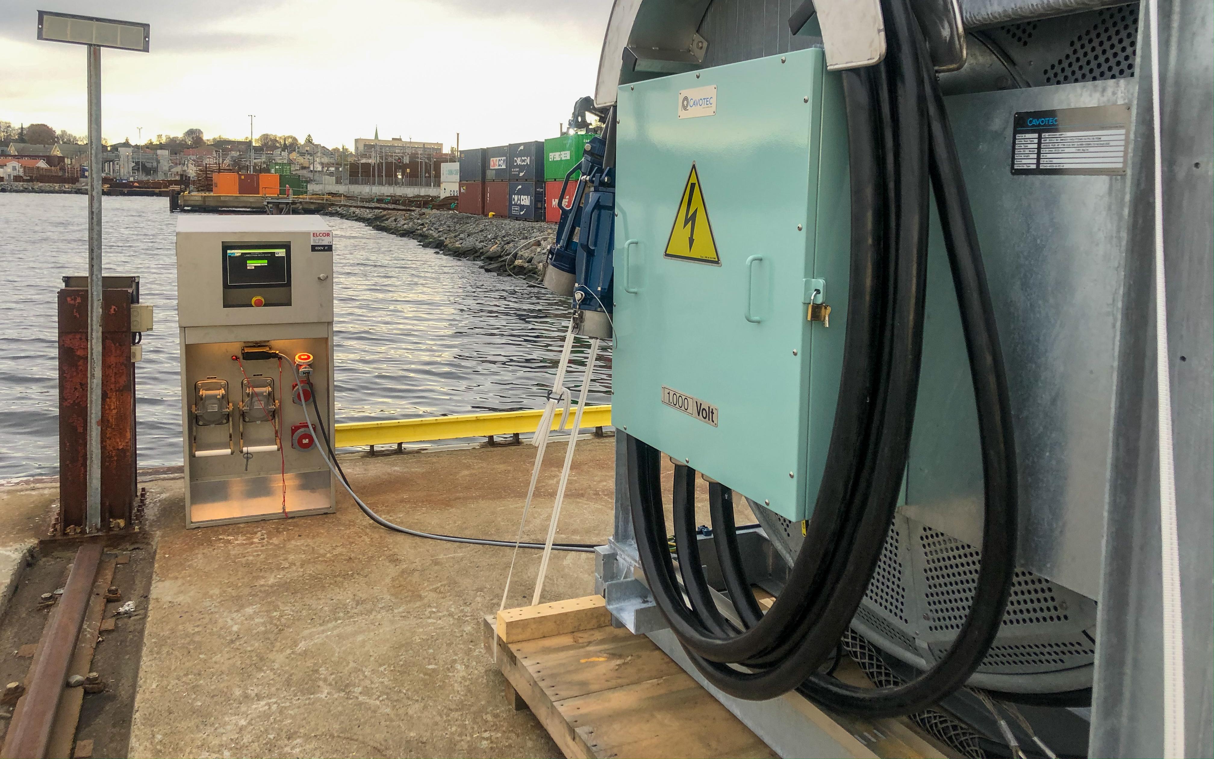 Moss Havn har fått landstrøm