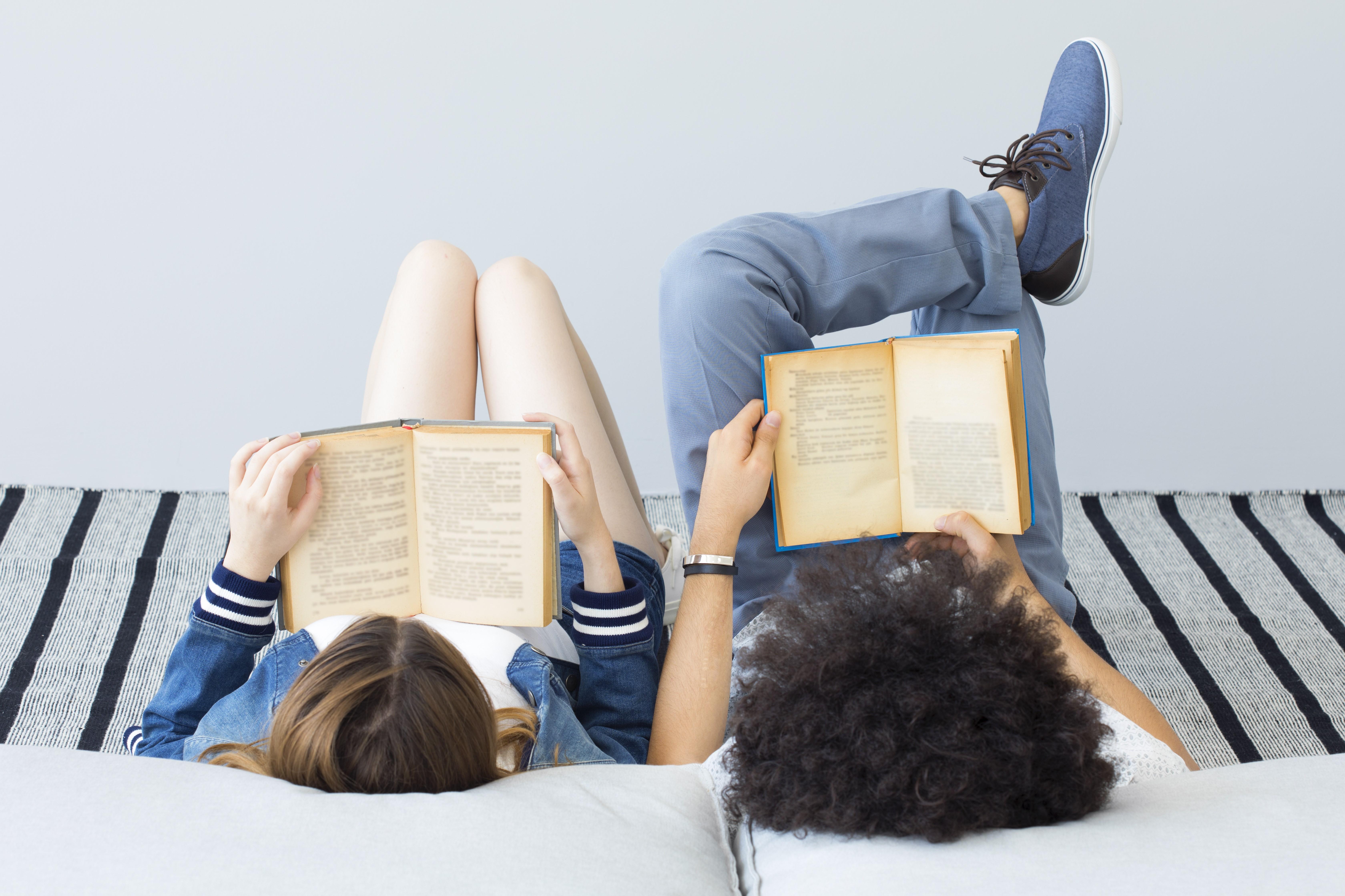 De Boon: twee nieuwe Vlaamse literatuurprijzen