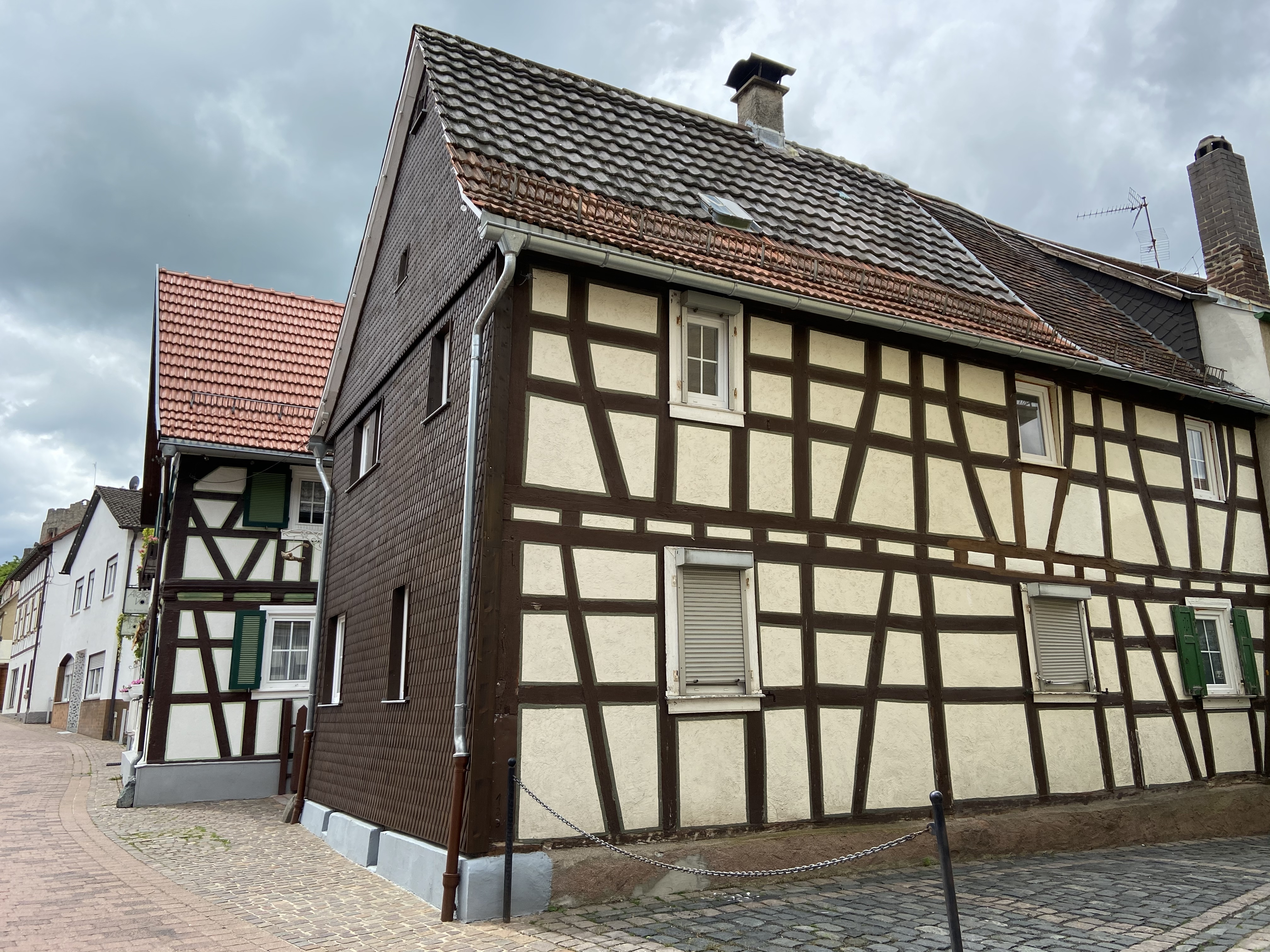 Charmantes Fachwerkhaus in idyllischer Lage I www.brockhaus-immo.de