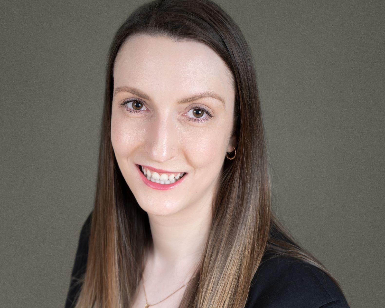 Professional portrait of Jaclyn Hutchinson