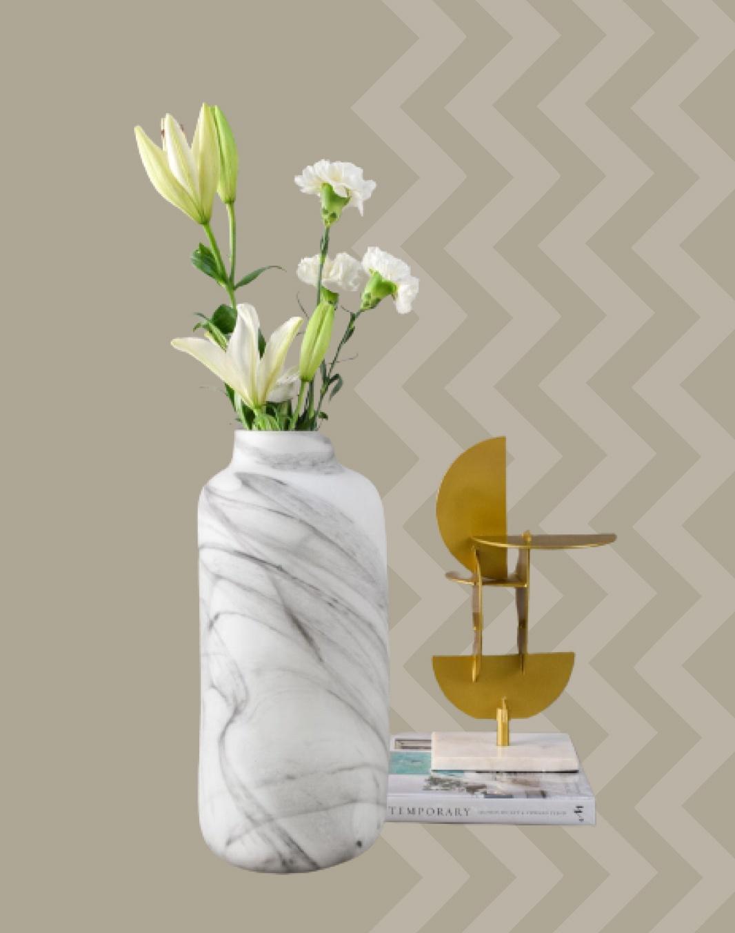 Melvin Marble Swirl glass vase
