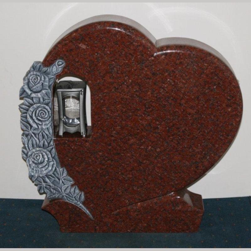Nr 17. Svensk rød granitt, helpolert med lykt