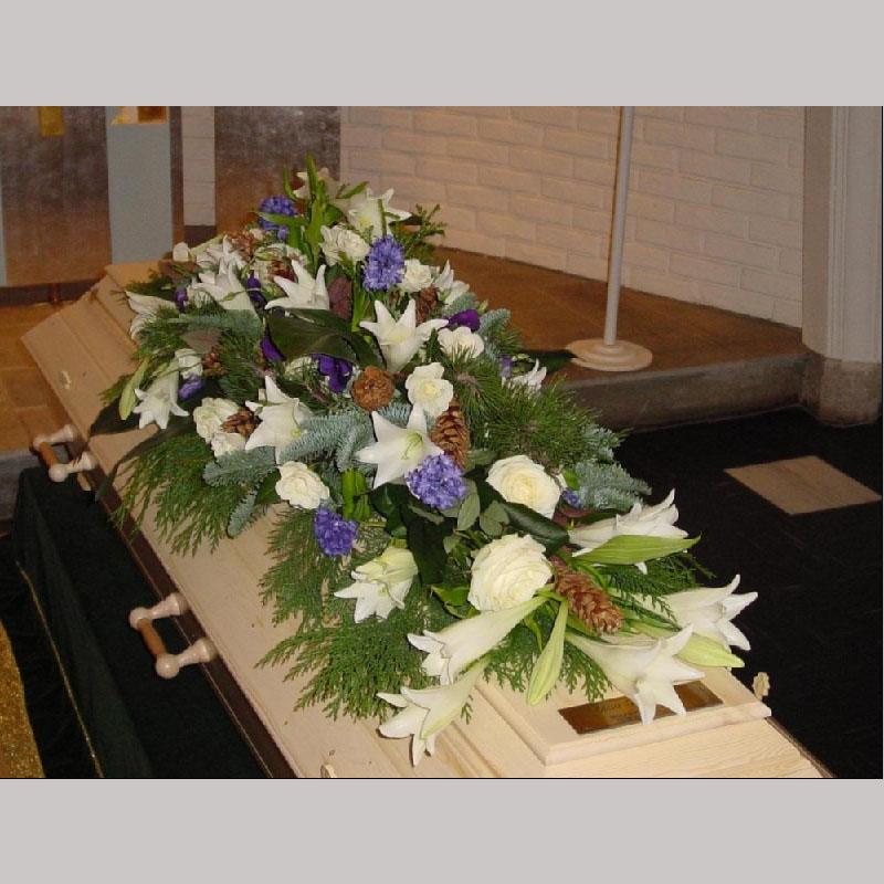 Kistedekorasjon A017 Blomster etter årstiden