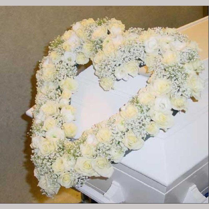 C003. Åpnet blomsterhjerte