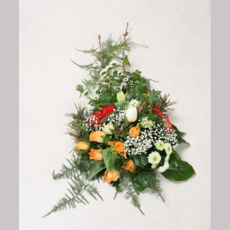Bårebukett B008. Blomster etter ønske og årstid