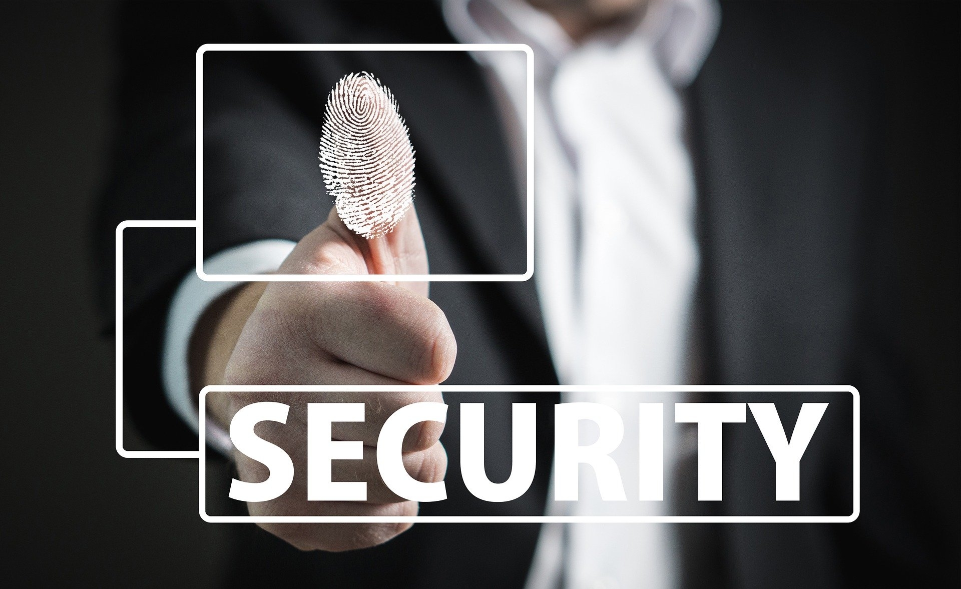 4 Tips to Protect Yourself From Identity Thieves