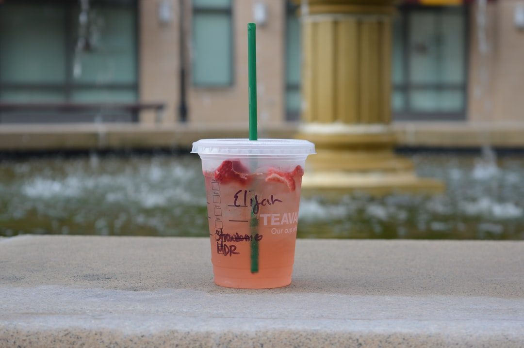 Starbucks staff spell your name wrong so you'll post about it on Instagram